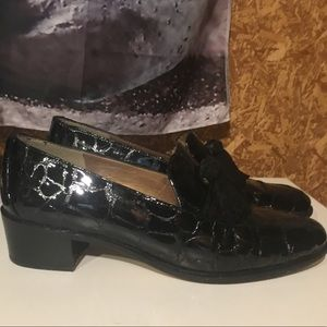 Stuart Weitzman 8W black patent leather loafers